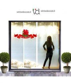 Vetrina-con-decorazione-natalizia