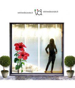 Vetrina-con-fiori-hibiscus