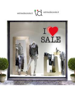 Vetrina-con-scritta-I-love-sale